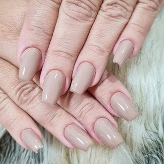 Simple White Cute Short Acrylic Nude Ombre Nail Designs  (#135598)